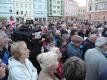 Lidé na náměstí v Krnově