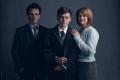 V hlavní roli Harryho se objevuje herec Jamie Parker, jeho ženu Ginny hraje Poppy Miller.
