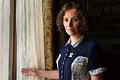 Elena Hálková, Štěpánkova první žena, v seriálu Bohéma. Hraje ji Lenka Vlasáková