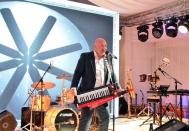 Na večírku hrál Michal David