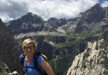Katka je pořád velká sportovkyně, v létě na horách...