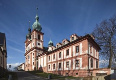 Probošství Chlum Svaté Maří s kostelem Nanebevzetí Panny Marie a sv. Máří Magdalény na Sokolovsku