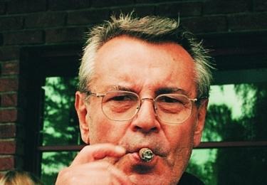 """""""Na Miloše se nedá zapomenout. Vždycky tu bude. Člověk si při vyslovení jeho jména pokaždé vybaví jeho historky vyprávěné nezaměnitelným hlubokým hlasem, jeho smích, stále se kolem bude vznášet dým z jeho doutníků,""""  říká prezident MFF KV Jiří Bartoška."""