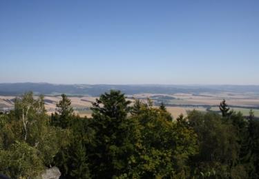 Pohled z vrcholu Bradla