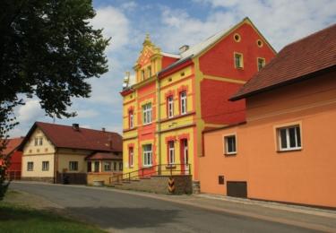 Opravené domy v Žihli