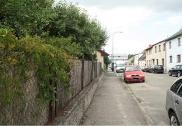 Přes tento plot přeskakoval vrah při útěku před veřejnou bezpečností