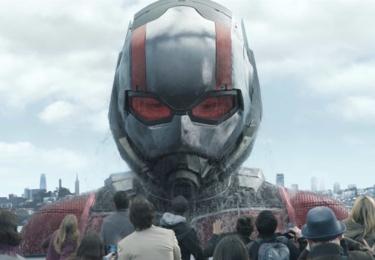 """""""Ve skutečnosti jedná o pokračování dvou filmů, nikoliv pouze jednoho, pokračování filmu Ant-Man, ale současně v něm vidíme také důsledky toho, co se odehrálo v rámci snímku Captain America: Občanská válka."""" popisuje producent Kevin Feige."""