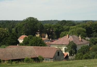 Pohled na střed obce