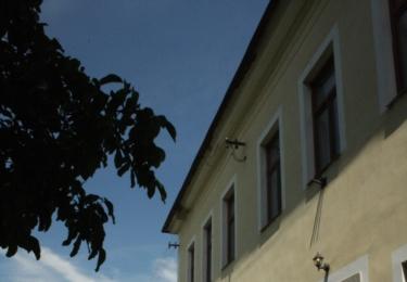 Bývalá škola, nyní ordinace lékaře
