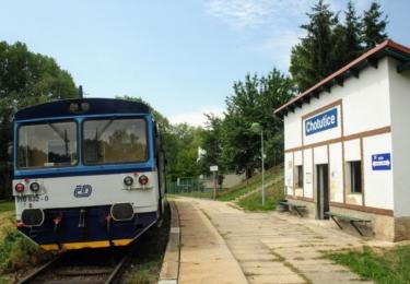 Malé nádražíčko v Chotuticích