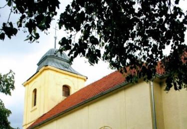 Kostel Nejsvětější trojice v Dobřichově