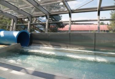 Toboganová věž je novou atrakcí olomouckého plaveckého stadionu