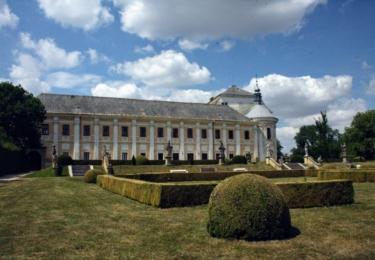 Kostel v Lysé