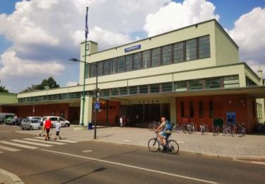 Poděbradské nádraží