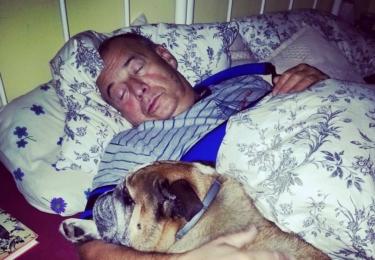 Ivan Vyskočil, foto Facebook (v popisku stojí: Chcete vědět, s kým spím?)