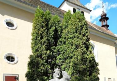 Památník faráře Antonína Lega / René Flášar