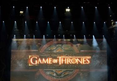 Ceny Emmy se odehrávaly 17. září v Microsoft Theater v Los Angeles, foto www.emmys.com / Facebook.  A ještě GoT