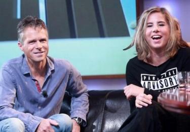 Janek Ledecký s Ester v televizi