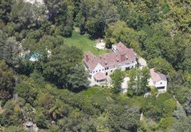 Domeček jako klícka v Beverly Hills / Facebook