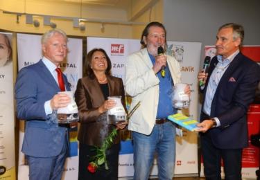 Křest nové knihy Miloše Zapletala: Autor s kmotry