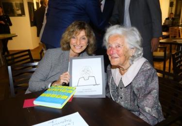 Křest nové knihy Miloše Zapletala: Magdalena Dietlová a 101 letá Linda Wichterlová