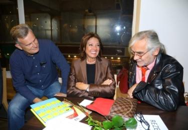 Křest nové knihy Miloše Zapletala: Marie Rottrová s mužem a Oldou Kaiserem