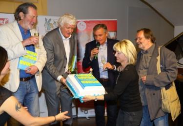 Křest nové knihy Miloše Zapletala: Manželka Hanka zařídila dort