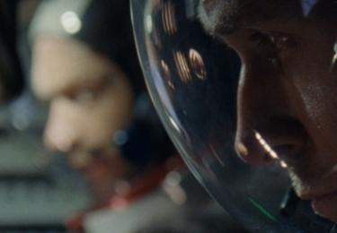 """Pro producenta byla zajímavá Armstrongova dualita. """"Dokázal vytvořit příjemnou atmosféru třeba i tím, že během hovoru používal suchý a sarkastický humor, aby nás držel ve střehu. Byl to neuvěřitelný člověk."""""""