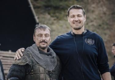 """""""Jan Žižka je další moje práce s Petrem. Vždycky je lepší, když se znáte, nemusíte pak tolik mluvit, protože víte, jak ten druhý reaguje, jak přemýšlí, všechno je pak snazší,"""" vysvětlil herec, který ztvární Ulricha."""