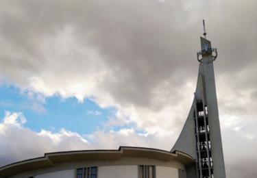 Kostel v moderním stylu