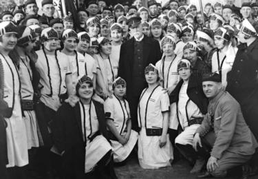 TGM se Sokoly. Foto Facebook Národního muzea, repro video