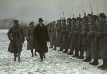 TGM na frontě první světové války. Foto Facebook Národního muzea, repro video