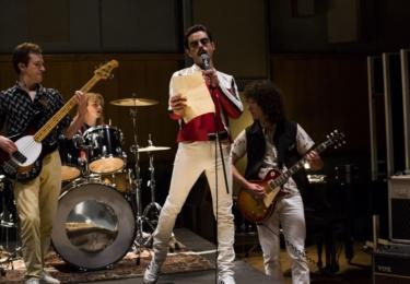 Jednou z klíčových pozic pro film byl supervisor hudby. Nesnadného úkolu vytvořit soundtrack pro film za použití skutečného hlasu Freddieho Mercuryho, hlasové imitace i hlasu Ramiho Maleka se ujala Becky Bentham.