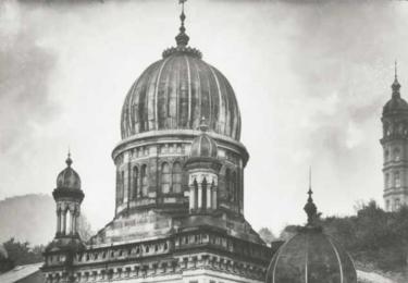 Křišťálová noc na Karlovarsku: Synagoga v Karlových Varech před vypálením, Židovská obec Karlovy Vary