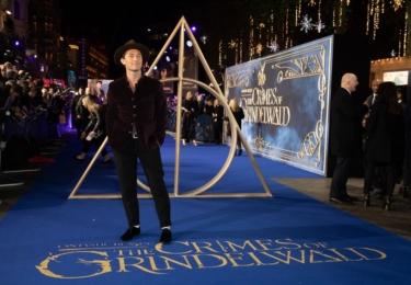 Fantastická zvířata, londýnská premiéra: Jude Law. Foto Warner Bros, Facebook