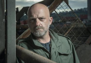 Z Krušných hor na Ústecko se přesune major Kuneš v podání Hynka Čermáka ve druhé sérii oceňovaného seriálu Rapl.