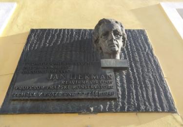 Pomník klavírního génia Jana Heřmana