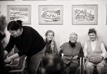 Vánoční focení si ve čtvrtek 6. prosince doslova užili klienti Domova pro seniory Marie v Náchodě