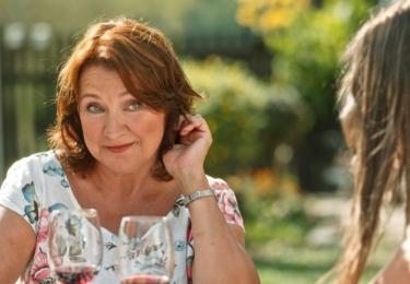 """Zlata Adamovská: """"Diváci mě uvidí běhat, to se jim jen tak nepoštěstí! Je to milá rodinná komedie, ve které nechybí humor a silné emoce."""""""