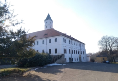 Zásmucký zámek