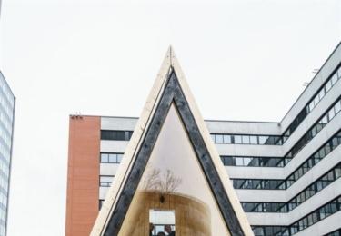 Představení šesti originálních staveb před budovou Fakulty architektury ČVUT v Dejvicích, foto ČVUT