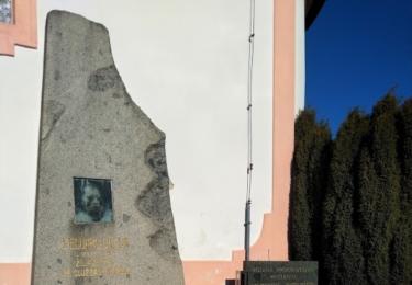 Hrob novináře a politika Eduarda Grégra