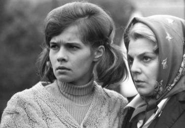 V hlavních rolích Jana Šulcová a Slávka Budínová, foto repro z filmu
