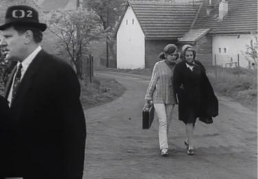 Filmová cesta k autobusu, foto repro z filmu