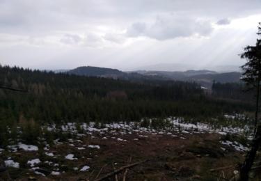 Výhled ze skalního masivu Mrtvý muž