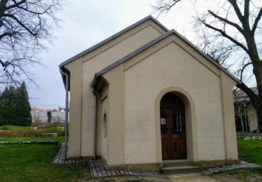 Bývalá márnice v parku