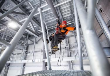 Nový lezecký polygon pro činnosti ve výšce a nad volnou hloubkou ve Velkém Poříčí, foto HZS Královéhradeckého kraje