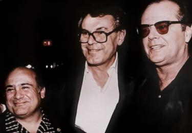 """""""Jediný pocit nadřazenosti, který režisér zažívá, vyplývá z toho, že mu nezbývá než být za Boha, protože je nucený dělat rozhodnutí. Denně stovky rozhodnutí."""" Miloš Forman v dokumentu, foto ČT"""