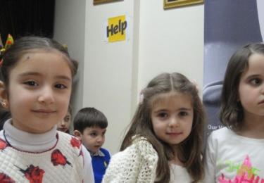 Provizorní škola v Syrii, foto www.help-ev.de