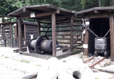 Venkovní výstava důlní techniky před štolou Starý Martin, foto Kryštof Robin